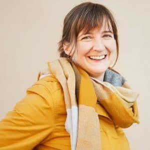 Andrea Prettenhofer ist Klinische Psychologin und Gesundheitspsychologin, Kreativtrainerin sowie Online-Beraterin im Therapiecafé Wien 15