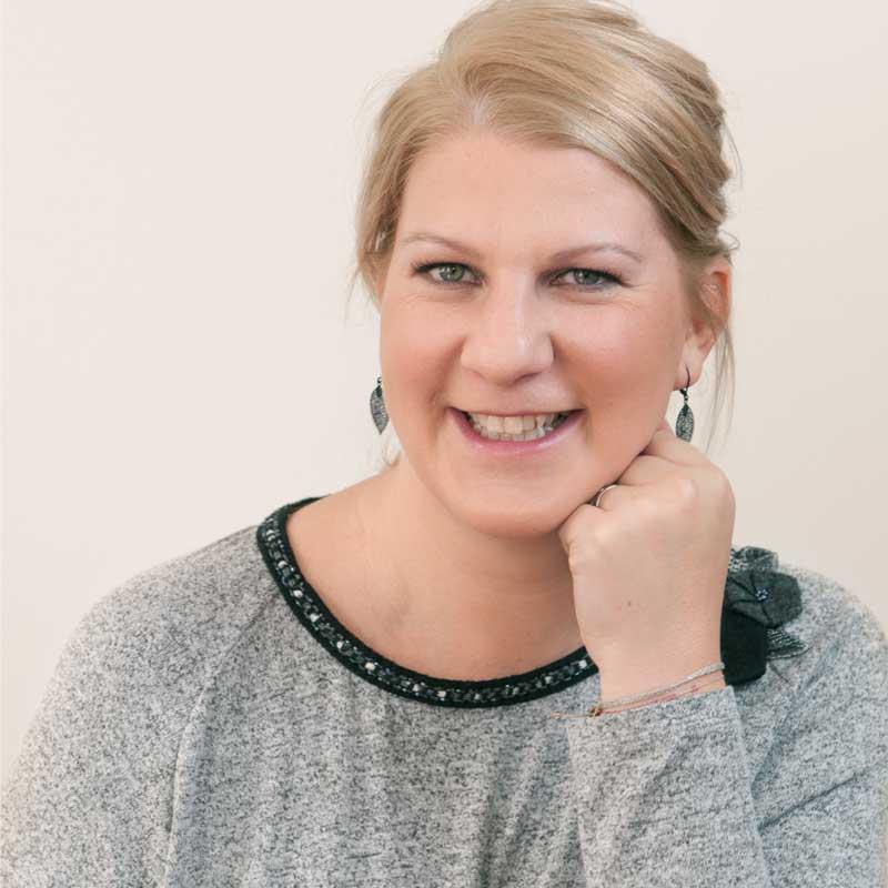 Petra Schornböck ist Klinische Psychologin und Gesundheitspsychologin sowie Babytherapeutin im Therapiecafé Wien 15
